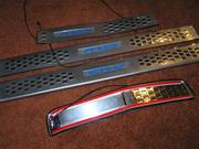 Накладки на пороги с подсветкой для Honda CR-V.