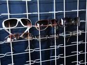 витрины для очков навесные