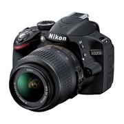Продам абсолютно новую зеркальную фотокамеру Никон 3200
