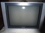 Продам срочно телевизор Samsung в хорошем состоянии
