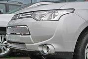 Решетка радиатора сетка Mitsubishi Outlander 2012+