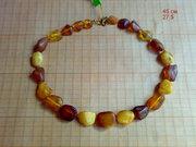 Лечебные декоративные бусы из янтаря