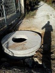 Сливная яма с кирпича,  водный колодец с колец ЖБИ
