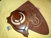 Охотничий VIP-трофей - клыки кабана СЕКАЧА,  на 2-ном медальоне.