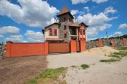 Продам новый дом 360 м2 в п.Новоалександровка.