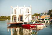 Продается дом на воде