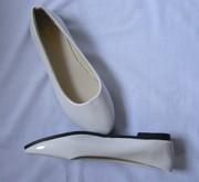Продам белые балетки 37р.