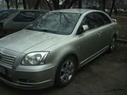 Toyota Avensis, седан