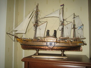 Модель копия парусно-моторного корабля,  дерево