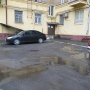 3-к сталинка в центре,  закрытый благоустроенный двор