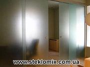 Изготовление дверей из стекла,  стеклянные двери для душевой