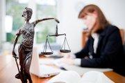 Требуется Адвокат на полную ставку