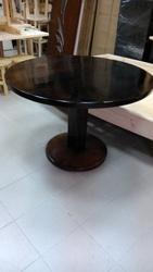 Столы обеденные,  письменные,  кухонные
