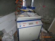 Продам промышленное оборудование для производства изделий из пластика.
