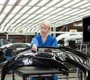 Работа в Чехии. Комплектация бамперов на автозаводе