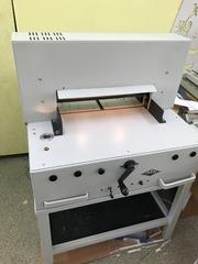 Бумагорезательная машина (гильотина) IDEAL FORTEMATIC 525/E